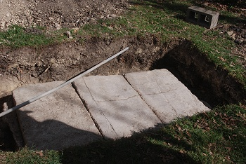 septic-tank-cover-closed163
